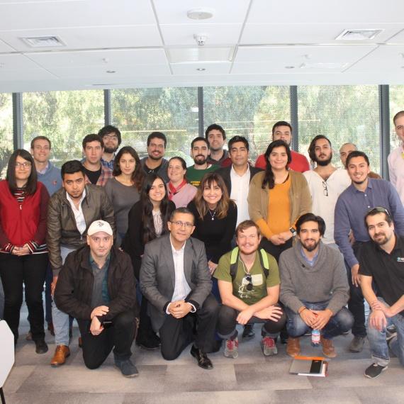 Mentor 3IE expone sobre neuromarketing y ventas a emprendedores tecnológicos